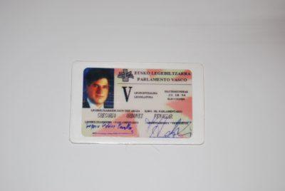 Segundo carné de parlamentario de Gregorio Ordóñez