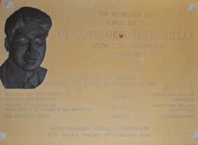 Original de la placa de Gregorio Ordóñez colocada en el Parlamento vasco
