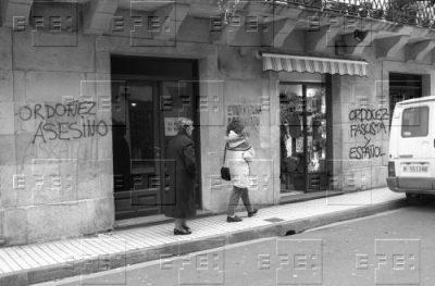 Aparecen pintadas insultantes a Ordóñez tres días después de su asesinato
