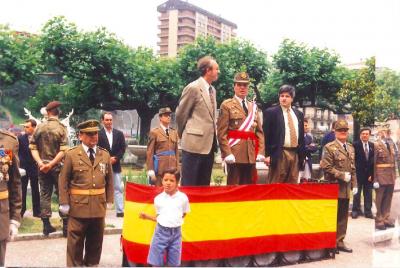 Jura de bandera en el cuartel de Intxaurrondo